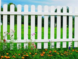 Most popular vinyl fence color- BigEasyFences.com