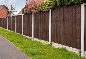 Fence & Modern House - Big Easy Fences