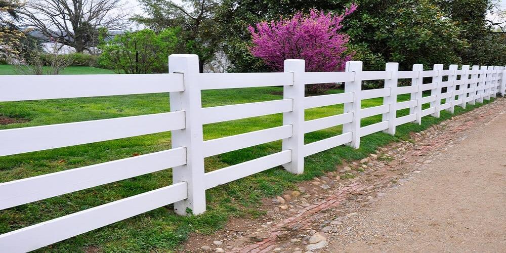 White wood fence - Big Easy Fences
